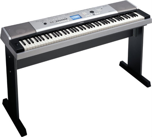 Yamaha DGX 530 – Portable Grand – Keyboard